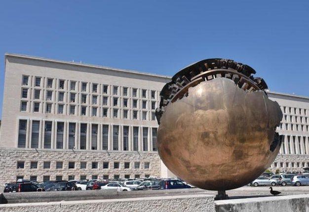 Italiani all'estero, elezioni politiche – Ministero Affari Estero: diritto di opzione voto in Italia entro il 31 dicembre 2017
