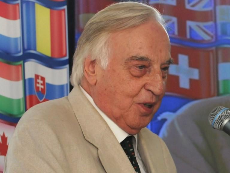 Si è spento, all'età di 95 anni, il senatore Mario Toros, nostro presidente dal 1982 al 2003. Mandi Mario!