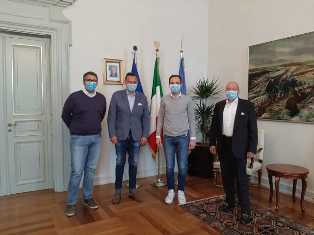 Corregionali: Fedriga-Roberti, preziosi contatti con Hong Kong per DPI. Incontro a Trieste col presidente del Fogolar Furlân Cicigoi